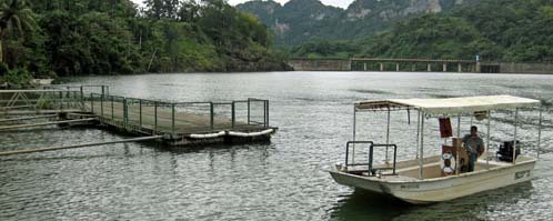 lago dos bocas boat
